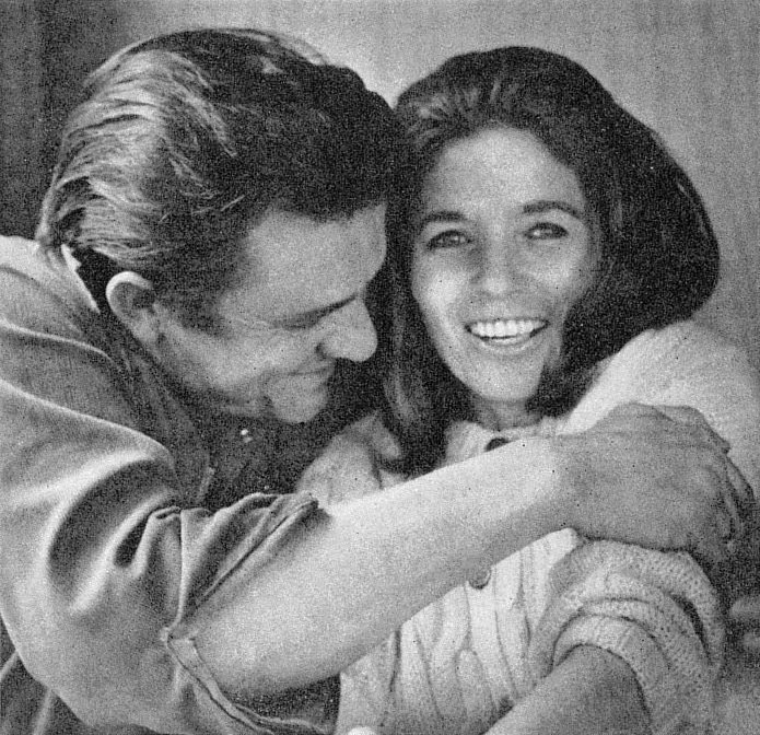 A thing called love: Johnny en June Cash